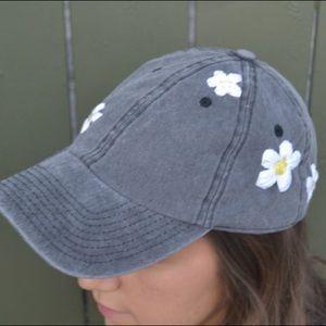 Miss daisy hat